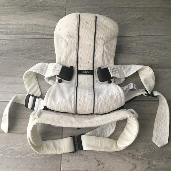 baby bjorn white mesh carrier